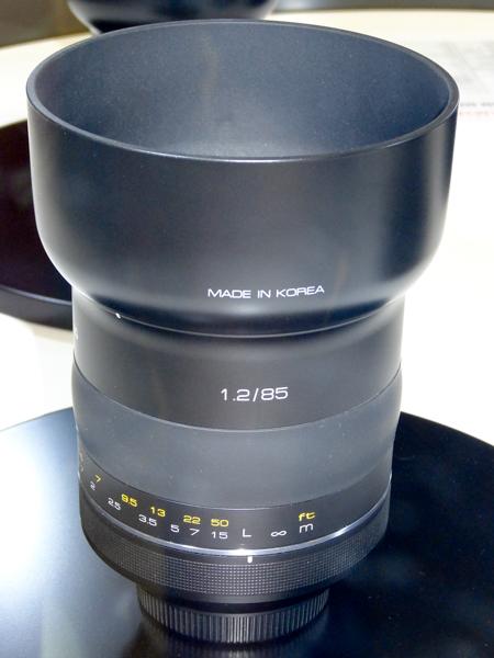 SAMYANG85mm_F12-P.jpg