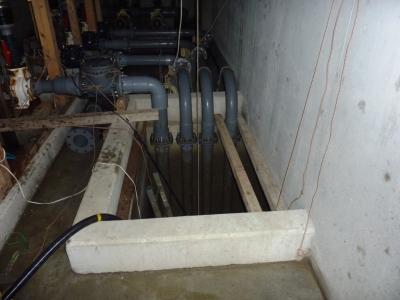 給水槽管内清掃1