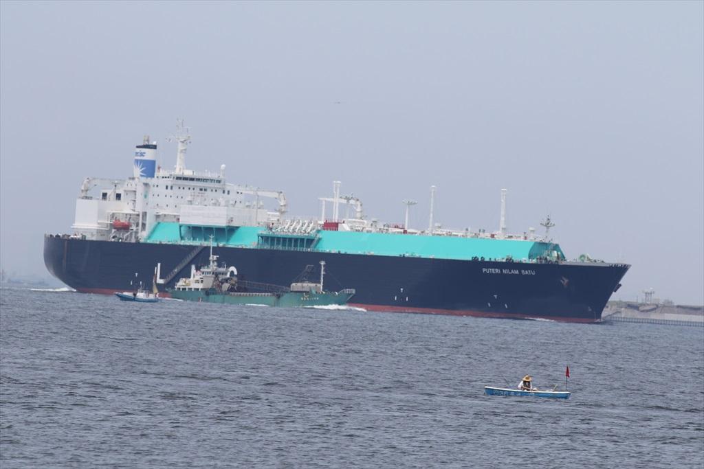 LNGタンカー_1