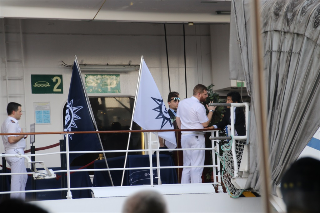 乗船手続きは何とか出港予定時間に間に合った_2