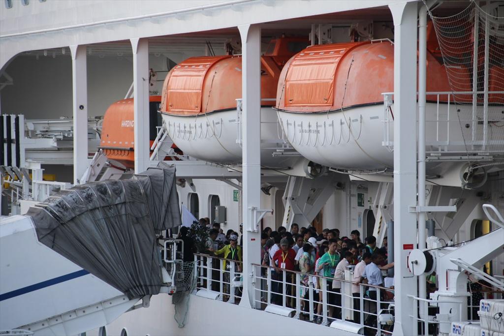 乗船手続きは何とか出港予定時間に間に合った_3