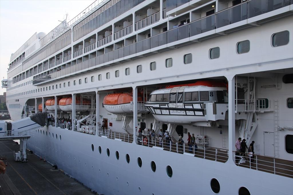 乗船手続きは何とか出港予定時間に間に合った_4