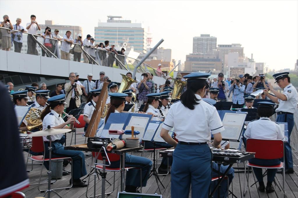 横浜市消防音楽隊による見送りの演奏_1