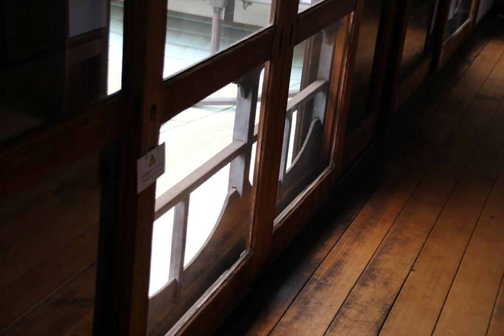 2階廊下_7