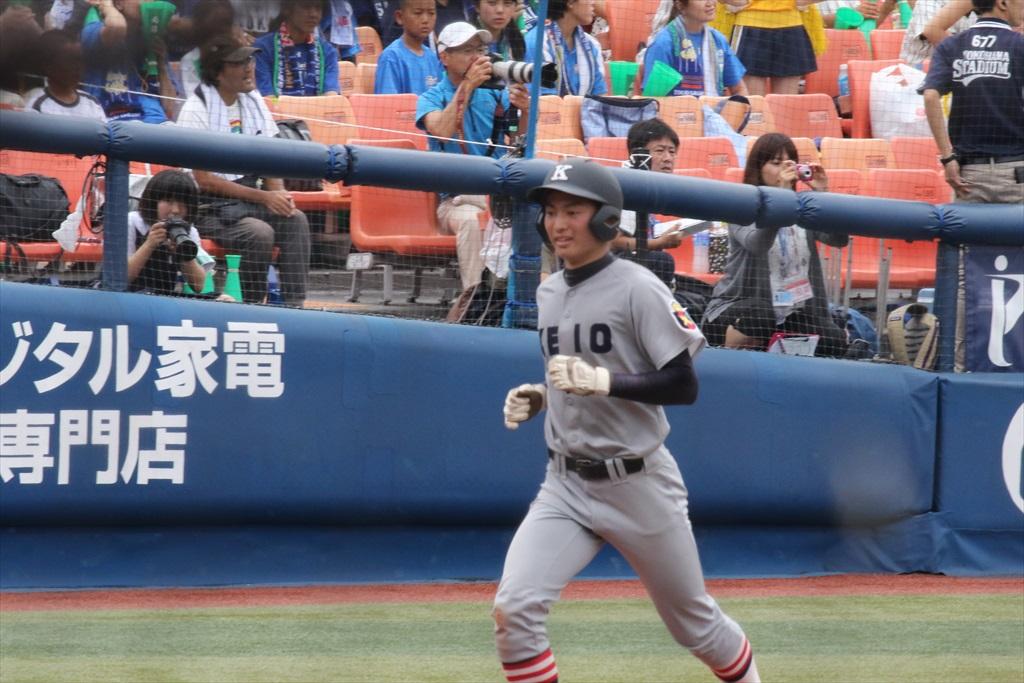 8回裏(東2-11慶)_8