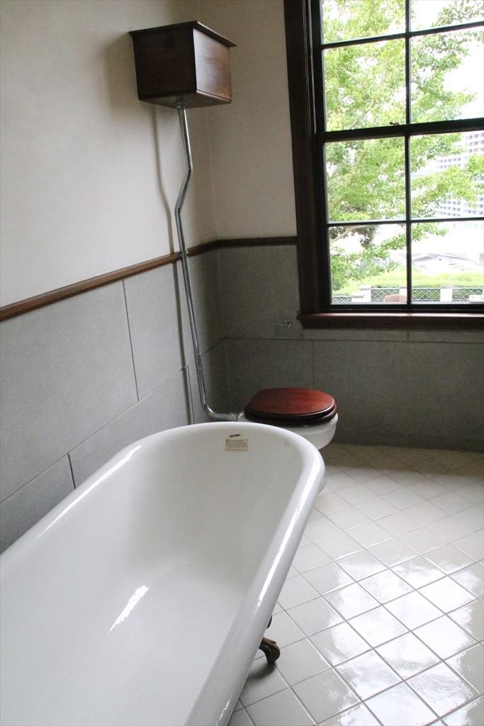 浴室兼トイレ_2