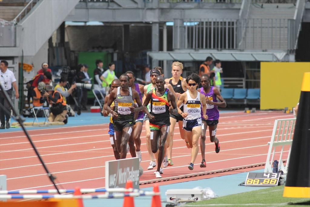 男子3000m(1)レース序盤の戦い_3