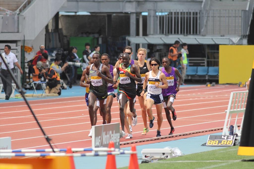 男子3000m(1)レース序盤の戦い_4