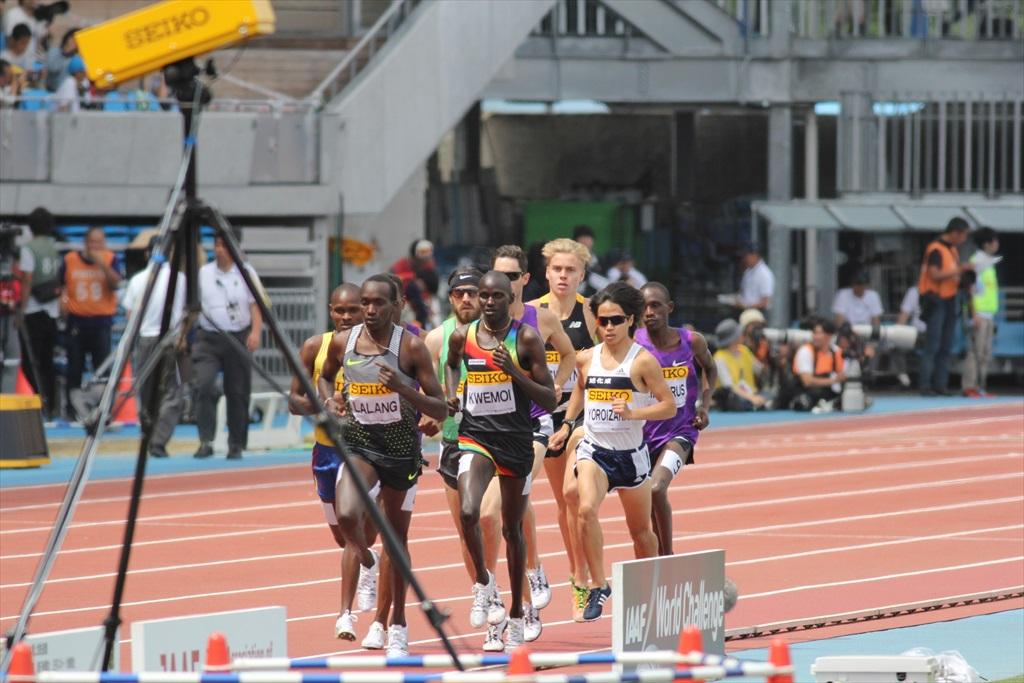 男子3000m(1)レース序盤の戦い_8