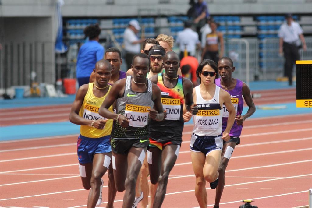 男子3000m(1)レース序盤の戦い_10
