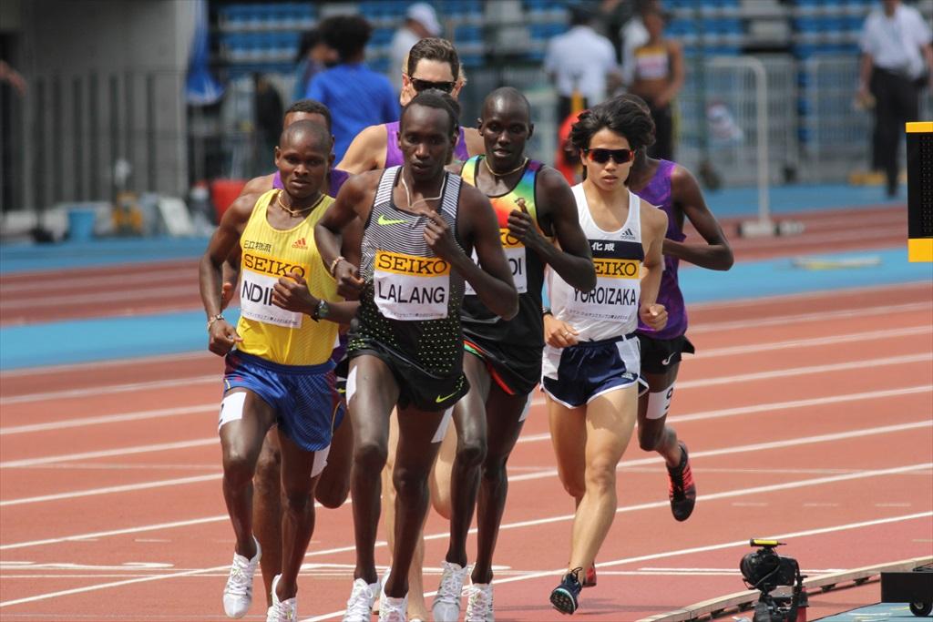 男子3000m(1)レース序盤の戦い_11