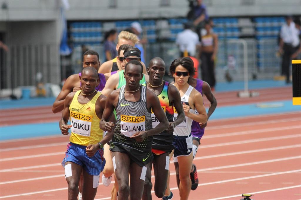 男子3000m(1)レース序盤の戦い_12