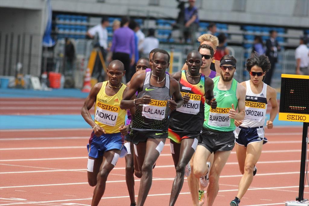 男子3000m(1)レース序盤の戦い_16