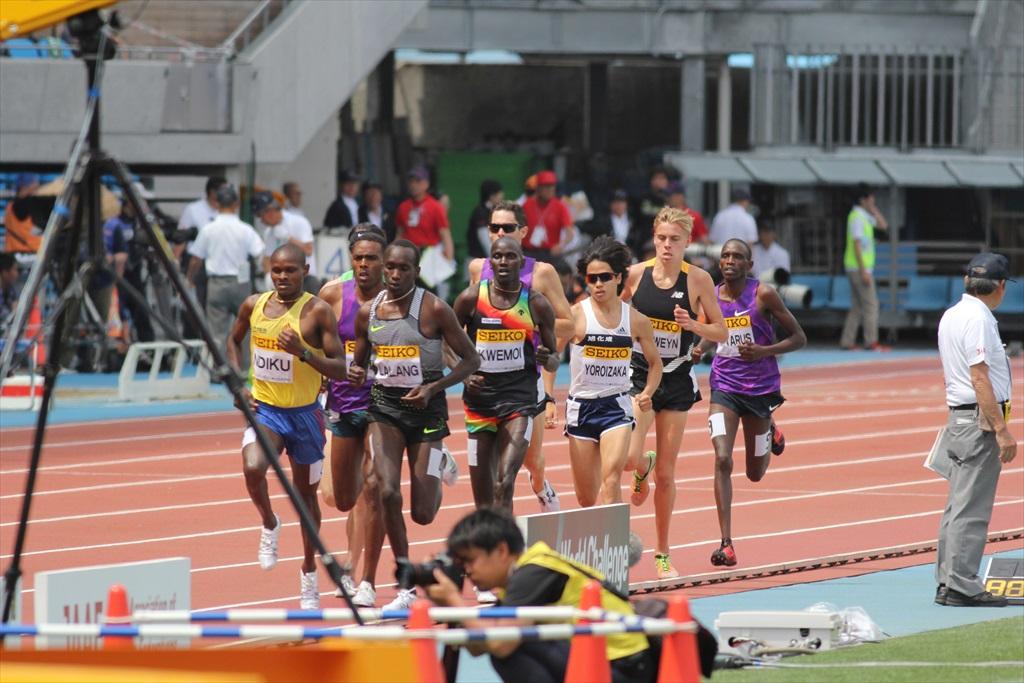 男子3000m(2)レース中盤の戦い_1