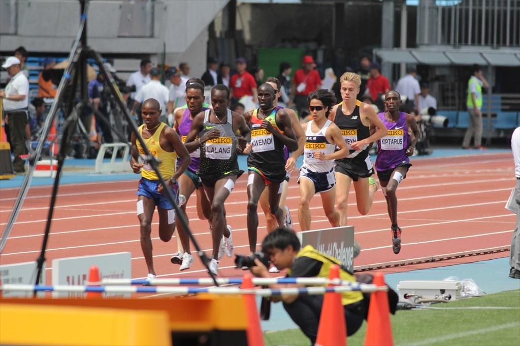 男子3000m(2)レース中盤の戦い_2
