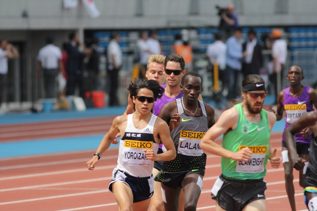 男子3000m(2)レース中盤の戦い_16