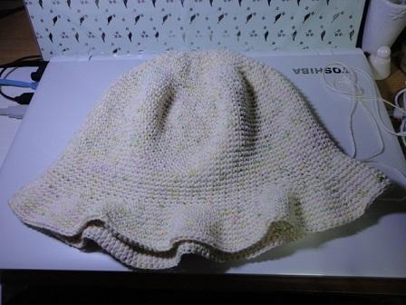 綿の糸で帽子①