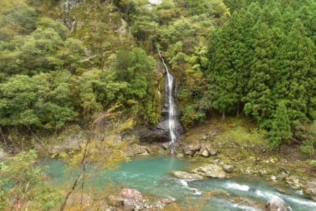 3対岸の滝