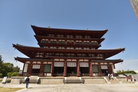 15薬師寺金堂