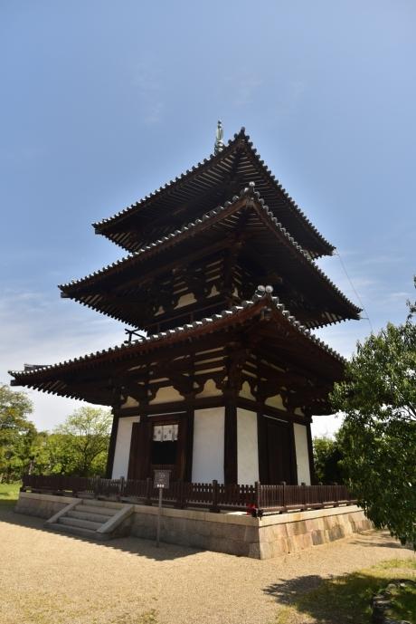 11三重塔