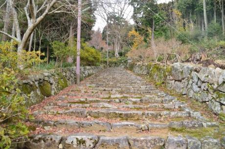 2寺の参道か