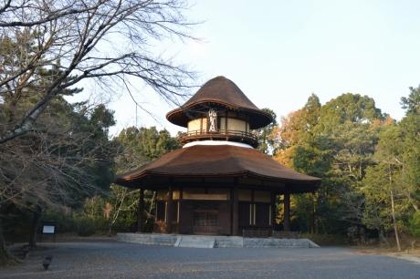 16俳聖殿