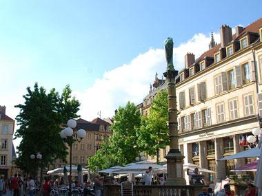 Saint_Jacques_Metz.jpg