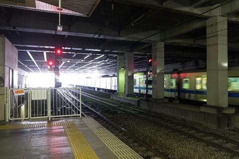 01相模大野駅で急行待ち