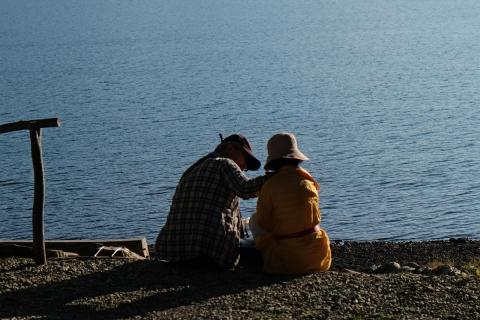 48中禅寺湖ボートハウス老夫婦