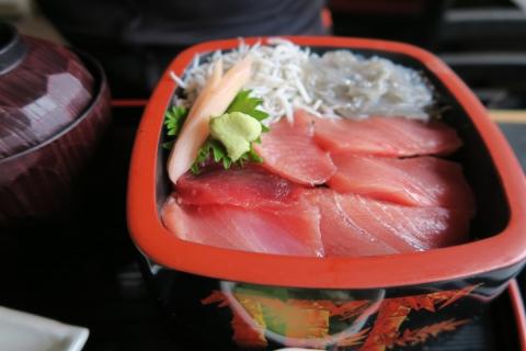 11海鮮シラス丼