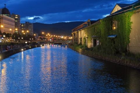 24夜の小樽運河