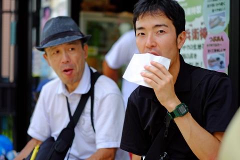 23a源兵衛川沿いのカフェ