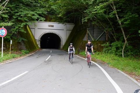 22御坂峠トンネルの向こう