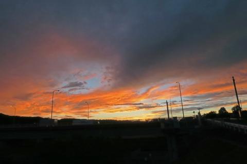 13今日の夕焼け空