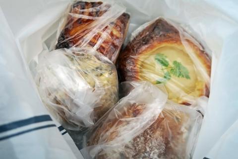 21芦ノ湖畔湖尻のパン屋