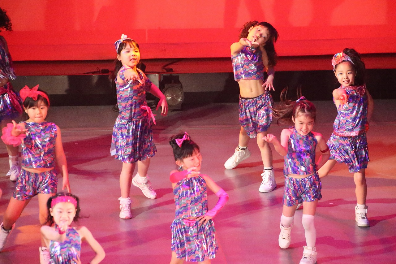 dance DD 7