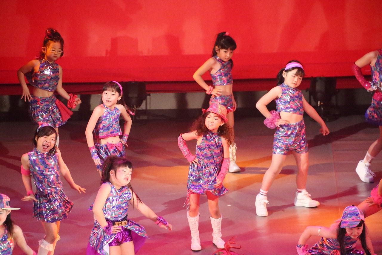 dance DD 8