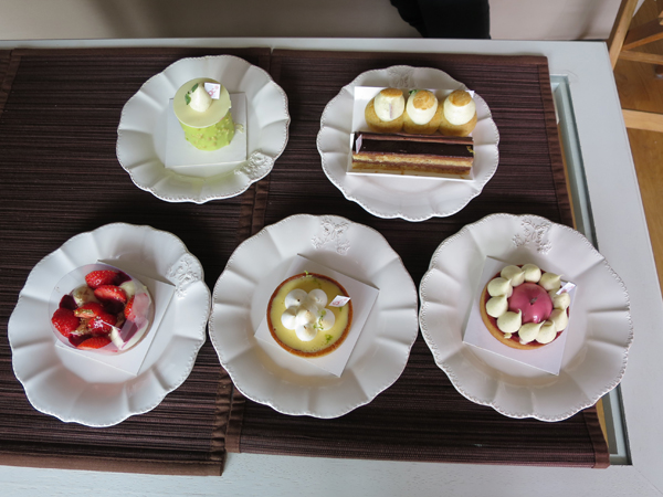 A CAKES