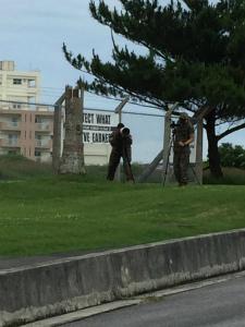 CjCjrkoUYAAFo5xキャンプ・フォスター司令部ゲート前。