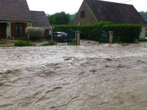 13335637_18228フランス、Lucheux, Picardie