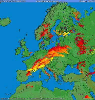 13620310_112797月12日:ヨーロッパで24時間で32万9106回の落雷