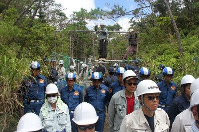 CqrdAcLVUAAmu沖縄防衛局、フェンスを設置