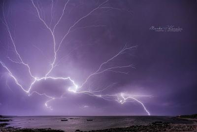 14080071_18594クロアチア、北アドリア海のプーラ近く