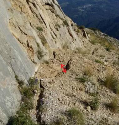 CrJwVkHVUAA1cイタリア中部、Vettoretto山