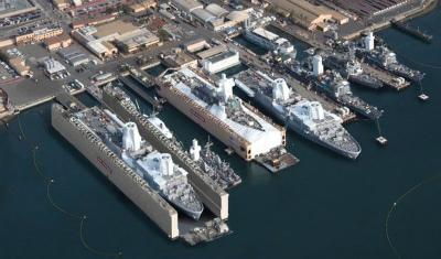 img_94063ee086サンディエゴ海軍基地のBAEメンテナンスエリア