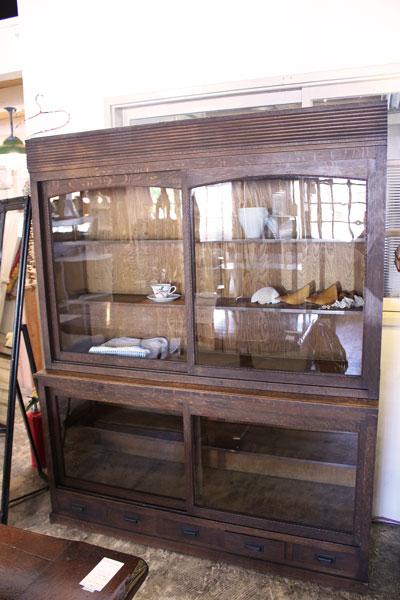 古民家風 水屋タンス レトロ カフェ