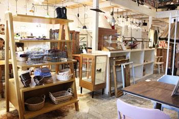 Co.restyle アンティーク家具 中古家具 店舗向け家具 ディスプレイ家具