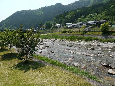 川遊び (2)