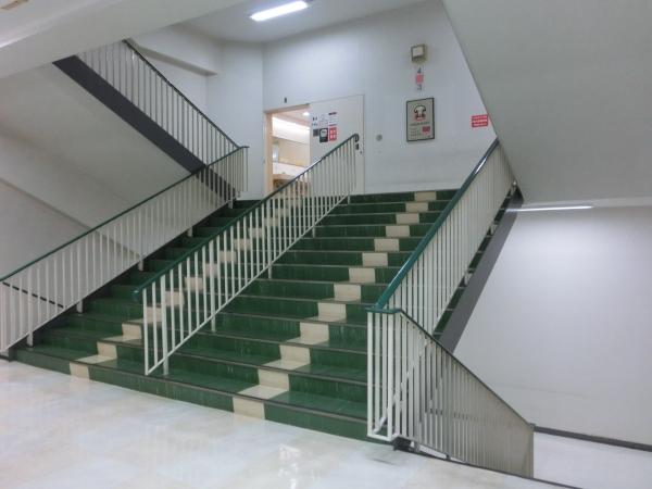 シンメトリ階段