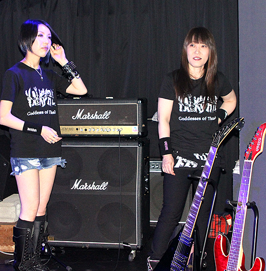 VALKYRIEヴァルキューレ_ギターみほちゃんと小関